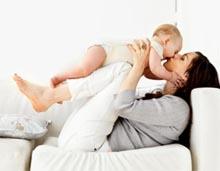 la madre pasa al bebé sus anticuerpos en el calostro